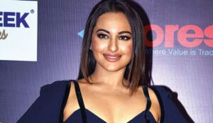 Can the birth chart of Bollywood actress Sonakshi Sinha be analyzed?